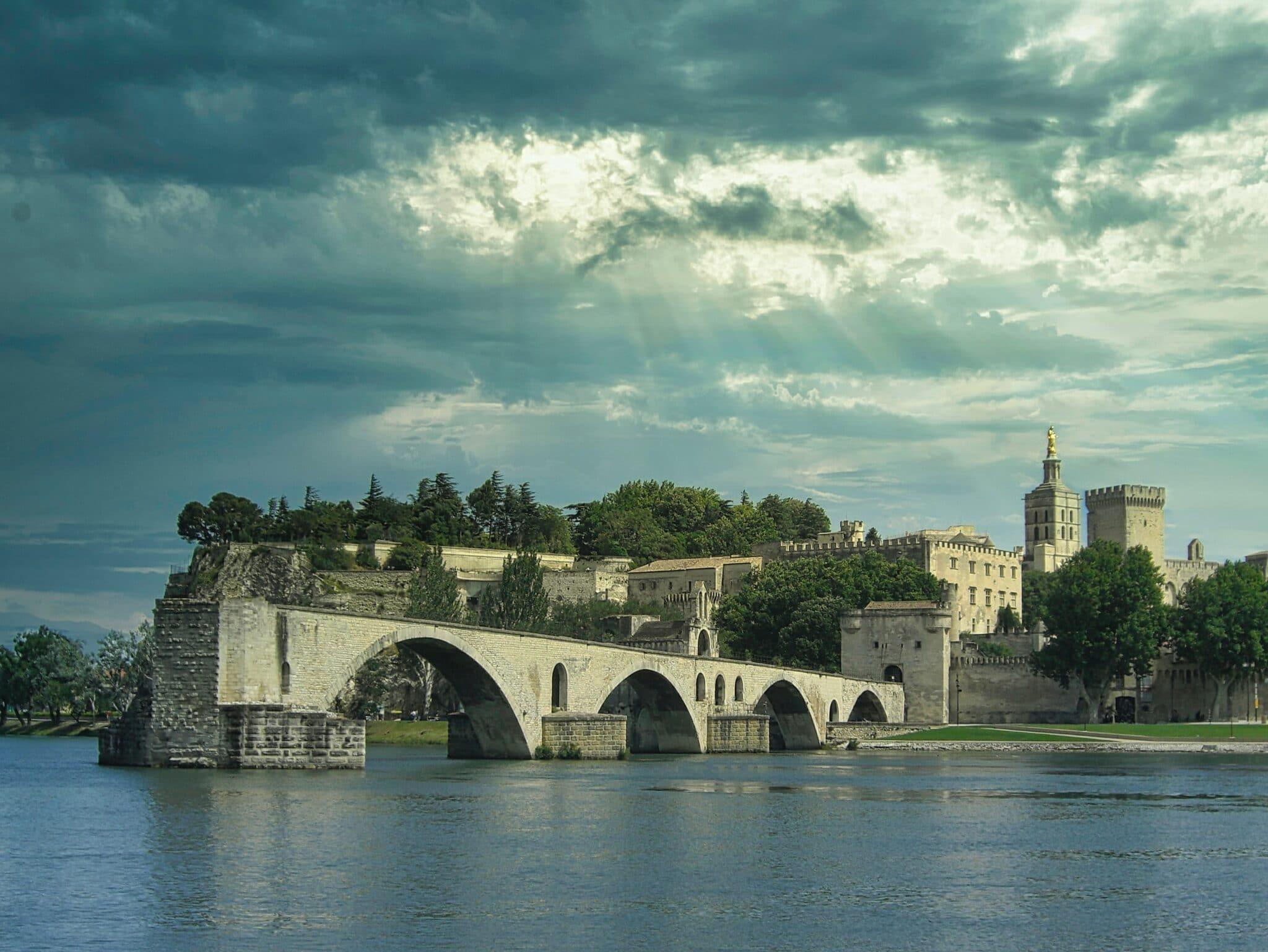 Hors Champ - 10 bonnes raisons de vivre en intramuros Avignon